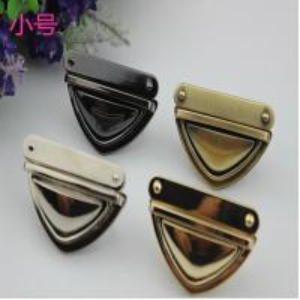 China High quality fashion metal accessories zinc alloy 4 colors handbag lock hardware wholesale
