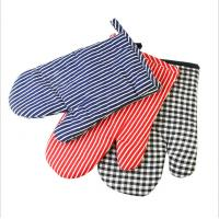 China Safety Durable  Printed Oven Mitts Everyday Use Fashionable  For BBQ Cooking wholesale