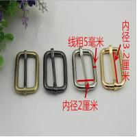 China Cheaper manufacturing good quality 32 mm gold iron bag adjustable belt buckles tri glide buckles wholesale