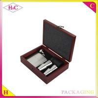 China Luxury red wood wine pot hip flask set packaging box on sale