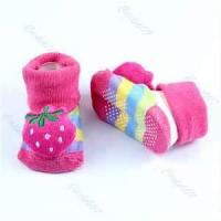 China Lovely soft Strawberry Unisex Cartoon Newborn baby non slip socks wholesale