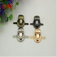 China Gold lock metal bag buckle button zinc alloy push lock for bags wholesale