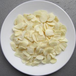 China Dehydrated garlic flakes wholesale