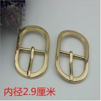 China Shoes hardware accessories zinc alloy 29 mm shiny gold oval shape metal pin buckles for belt wholesale