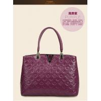China brand design real leather handbags for women with V metal wholesale