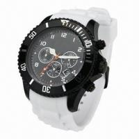 China Silicone Sports Watch with Calendar, Silicone Strap and Plastic Case, Popular Style on 2013 wholesale