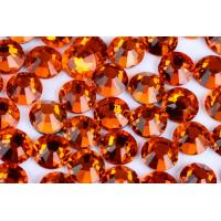 China Round Heat Set Rhinestones / Fashionable Glass Crystal Rhinestones wholesale