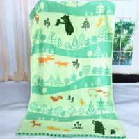 China Custom Forest Jacquard Woven Velvet Beach Towels Canada Heavy Weight 550gsm wholesale