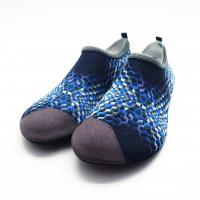 China Eco - Friendly Sport  Kids Non Slip Pool Shoes Socks For Hiking In Water wholesale