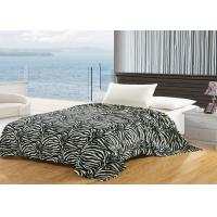 China Printed Zebra Cotton Flannel Sheet Blanket , Wrinkle Resistant Flannel Baby Blanket wholesale