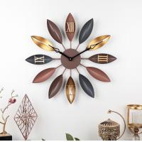 China Home creative retro leaf wrought iron decor wall clock Vintage Gold Copper Metal Wall Decorative Clock wholesale