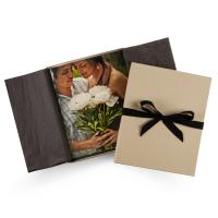 China Kraft Or Black Simple Memory Y Lane Gift Wedding Recall Box With Bowknot Lid wholesale