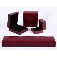 Quality China Elegant Beautiful Necklace Jewelry Packaging Paper white square cardboard for sale