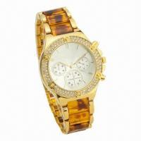 China Jewelry Fashionable Watch with Resin Strap and CZ Stone on Case. Latest 2013 Fashionable Style wholesale