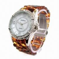 China Resin Sports Watch with Alloy Case and Resin Plastic Strap, CZ Stone on Case, 2013 New Style wholesale