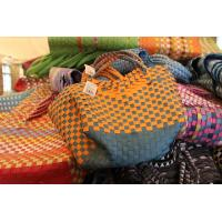 China wholesale cheap handmade Recycled woven plastic straps picnic/shopping baskets wholesale