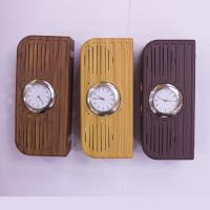 China 2017 newest high quality Hotel alarm clock wireless wooden bluetooth speaker with FM radio USB wholesale