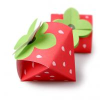 China Strawberry Shaped Paper Candy Box Packaging Custom Design Printing Logo wholesale