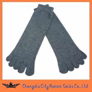China cotton  grey mens sports five finger toe socks wholesale