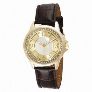 China Jewelry diamond wristwatch with CZ stone on bezel/elegant style/gold-plated metal case/leather strap wholesale