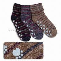 China Turndown Non-Slip Warm Socks, Customized Sizes and Designs are Welcome wholesale