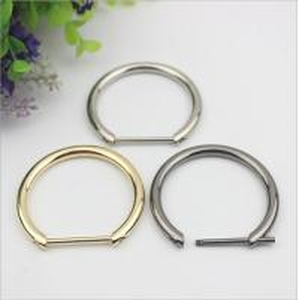 China 2018 Shiny gold big metal adjustable strap d buckle 30 mm for handbag wholesale
