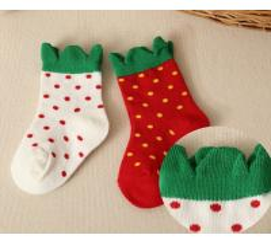 China Kids Strawberry Cotton Socks on sale