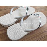 China Microcellular Molded Rubber Products Beach Anti - Slip Summer Slipper With Jelly Strap wholesale