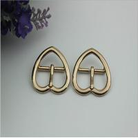 China China supplier wholesale light gold 21 mm heart shape metal pin belt buckle for leather handbags wholesale