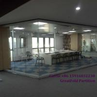 China Mobile Glass Partition Walls Movable Glass Partition Wall Sliding Glass Partition wholesale