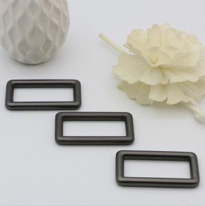 China High End Handbag Hardware Gunmetal Color 38 MM Zinc Alloy Square Ring Buckle wholesale