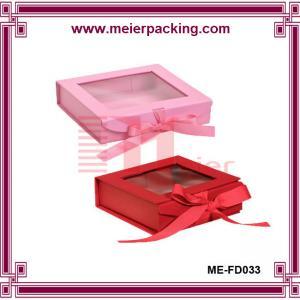 China 2016 Custom Luxury Cardboard Magnetic Closure Gift Box Wholesale with transparent window wholesale