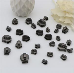 China High level all kinds of size metal handbag hardware zinc alloy zipper sliders with gunmetal color wholesale
