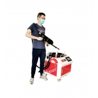 China Rust Removal 1064nm Laser Cleaning Machine On Large Automotive Chassis wholesale