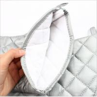 China OEM Service Durable Silver Oven Mitts Cotton Material  Customized Patterns wholesale