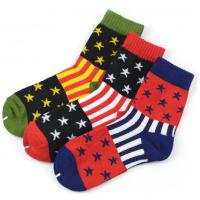 China High quality colorful striped star design knitted mid calf cotton men dress socks wholesale