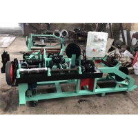 China Full Automatic Fast Cyclone Barbed Wire Net Wire Fence Machine 76MM 102Mm Barbed Space wholesale