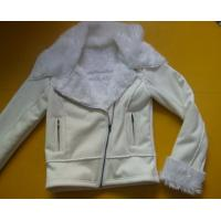 China 100 Polyester Bomber Jacket , Suede And Fur Joint Ladies Hooded Jacket wholesale