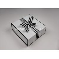 Quality Lightweight Folding White Chipboard Boxes With Lids Big Ribbon Bow Custom Product Packaging for sale