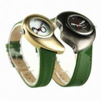 China Watch Gifts Set with Heart-shaped Retro Case, Leather Strap, Miyota 2035 Movement and Japan Battery wholesale