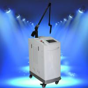 China Q Switched !!! Nd:Yag Laser Permanent Tattoo Removal Machine wholesale
