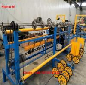 China  Full Automatic 3mtr Width Double Wire Feeding Diamond Fence Mesh Making Machine