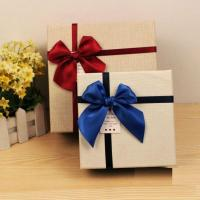China High Quality Custom Small/ large Gift Boxes Wholesale,The Customized Paper Gift Box UK With Lids wholesale