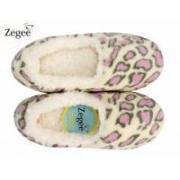 China ZEGEE Women's Cozy and Soft Classic Non-skid Slipper on sale