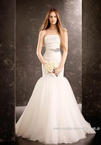 Quality Mermaid Strapless Court Train Folding Wedding Dress with Artificial Diamond Studded for sale