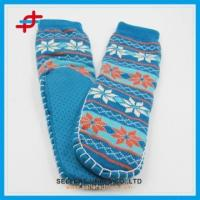 China Adult Jacquard Hand Knit Non-skid Slipper Socks With Rubber Sole on sale